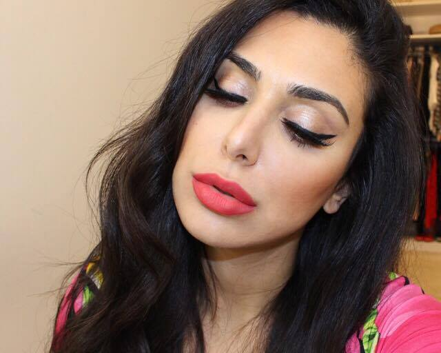 son-sephora-color-lip-last-18-all-you-need-is-red-swatch